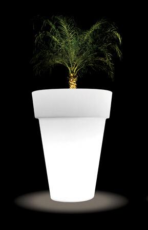 LED Classic Planter Medium