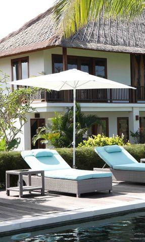 Marbella compact 2m Square Parasol