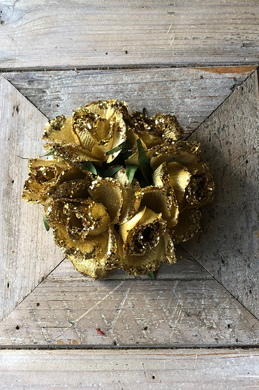 Gold/Glitter Rose Candle Ring